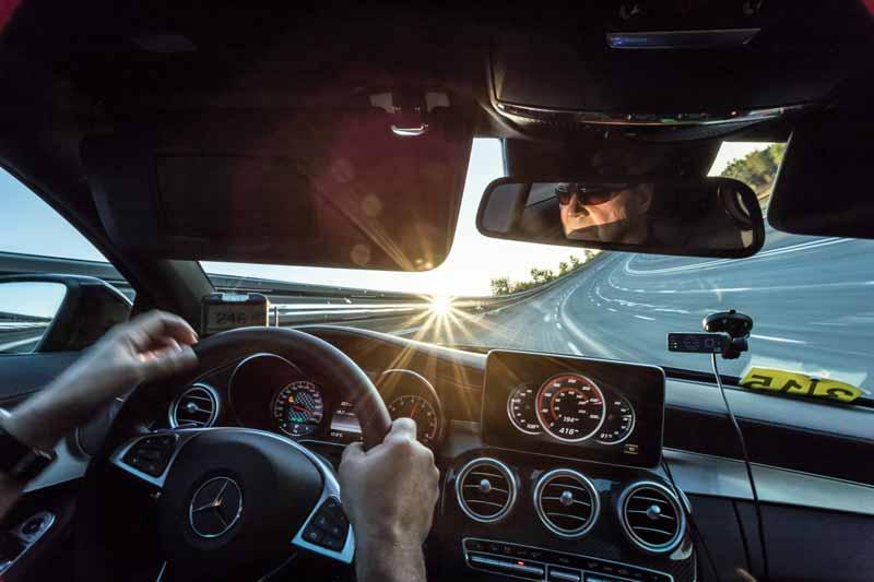 любителите на бързото шофиране
